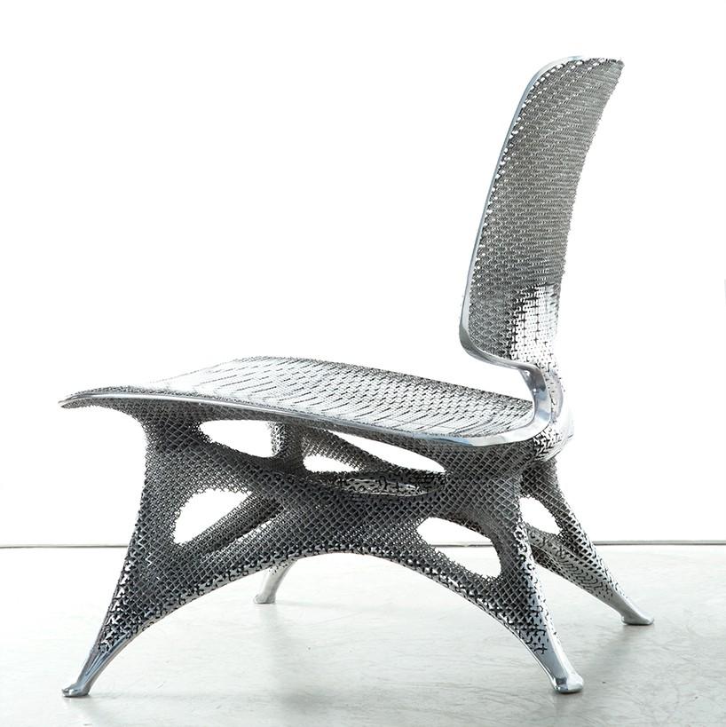 стул из алюминия