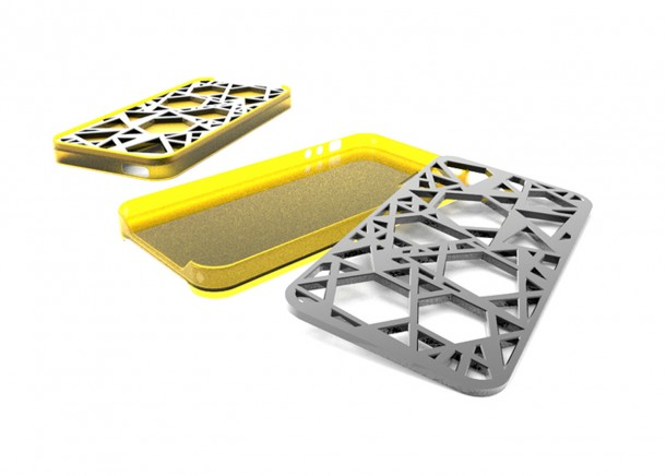 Case-for-Iphone-with-multitool-2-610x436