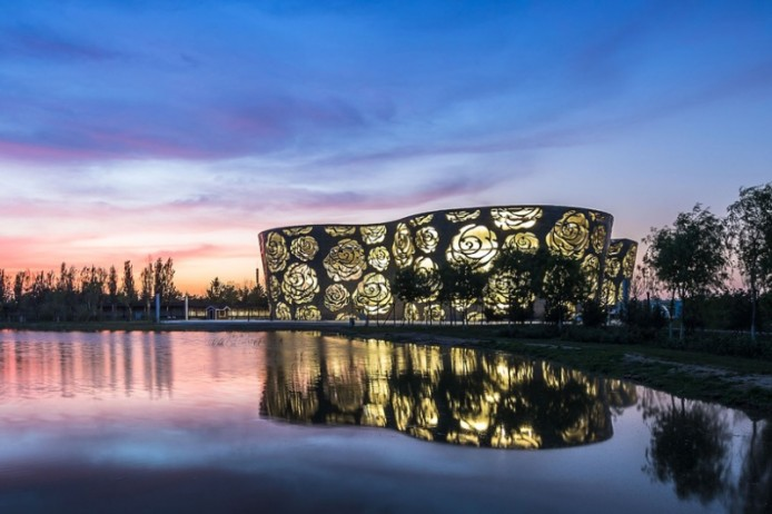 next-architects-first-rose-museum-beijing-designboom-06-694x462
