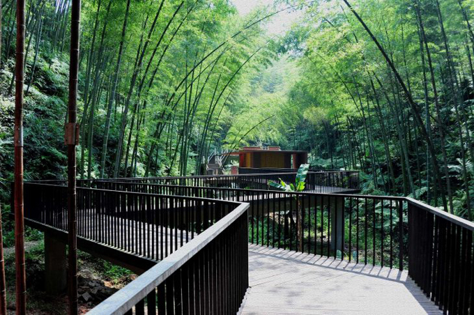 bamboo-gateway-by-west-line-studio-architects-730x485