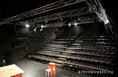 straw-theatre-4