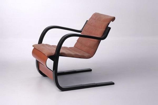1-Chair42